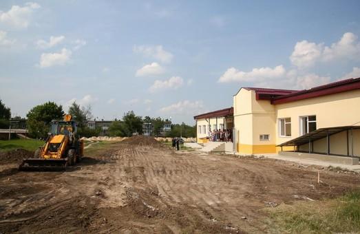 Под Харьковом завершают строительство новой школы - ХОГА