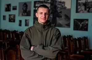 Художественный музей приглашает харьковчан на встречу с автором выставки «Аэропорт» по мотивам фото Сергея Лойко