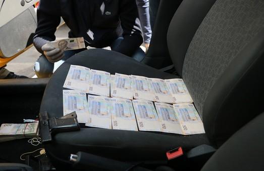 В Харькове СБУ задержала на взятке двух следователей полиции (ФОТО)