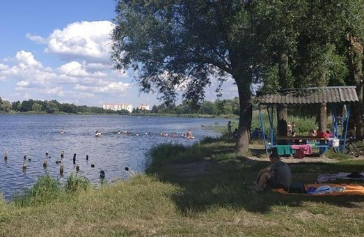 Названы водоемы Харьковщины, опасные для купания - результаты исследований