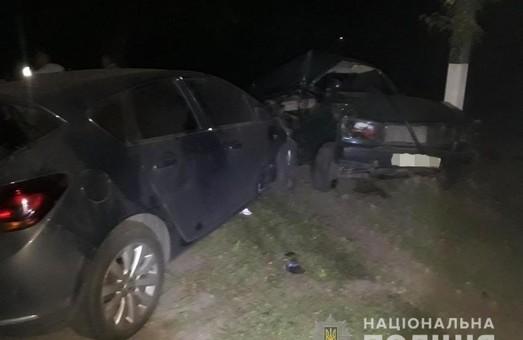 Под Харьковом в ДТП погиб 4-летний мальчик и молодой мужчина, еще три человека травмированы (ФОТО)