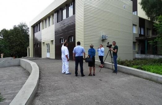 В Первомайской ЦРБ утеплили фасад хирургического корпуса