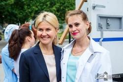 Светличная передала медицинское оборудование инфекционным больницам (ФОТО, ВИДЕО)