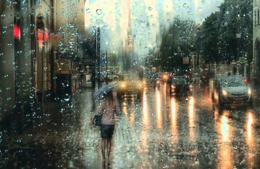 Дождь, гроза, шквальный ветер: В Харькове на выходных заметно похолодает