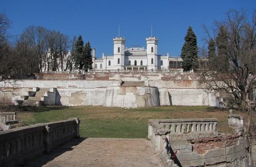 На Харьковщине продолжается восстановление Шаровского дворца