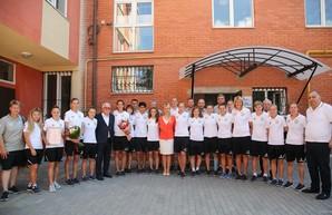 Светличная поздравила футболисток «Жилстрой-1» с очередной победой