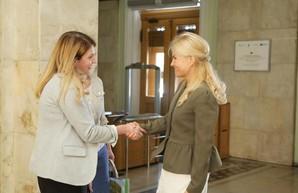 Сотрудничество Харьковской области и посольства США начинается с губернатора, - директор отдела посольства США