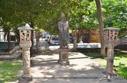 В Харькове появился памятник дворнику (ФОТО)