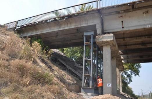 Обвалившийся мост разберут и построят на его месте новый