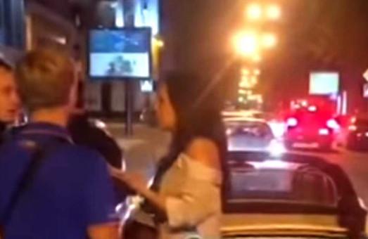 Появилось видео с места громкой аварии в центре Харькова (ВИДЕО 18+)