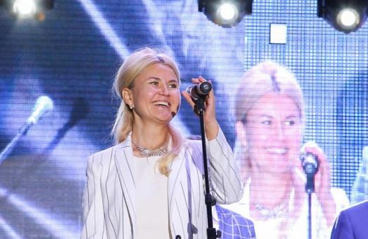 Райцентр на Харьковщине отметил юбилей: лозовчан поздравила Светличная