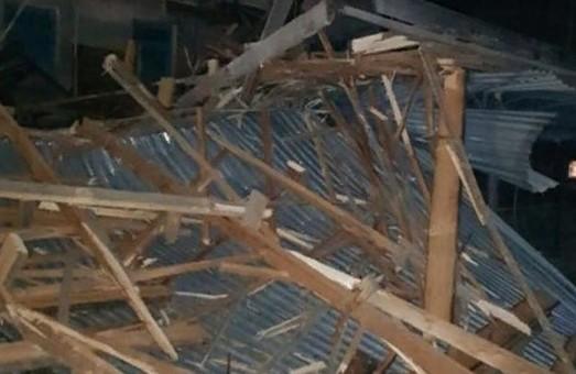 Ураган оставил без обедов школьников на Харьковщине