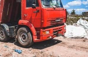 Работник свалки под Харьковом загрязнял землю сульфатами и нитратами