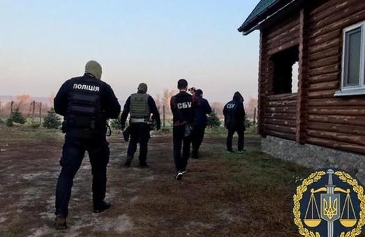 Еще один лесхоз на Харьковщине подозревают в масштабной вырубке дубов