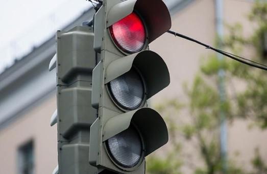 Харьковчане просят обезопасить перекресток