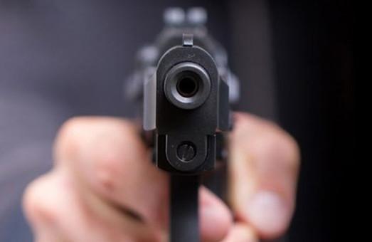 В харьковском супермаркете стреляли: есть раненые