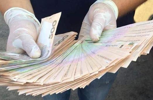 Харьковские экологи задержаны на взятке в четверть миллиона (ФОТО)