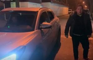Был пьян вместе с женой и хотел сбежать: начальника отдела харьковской налоговой подозревают в ДТП (ВИДЕО)
