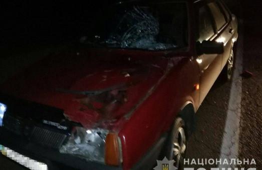 Жуткая авария под Харьковом: мужчину переехало несколько машин