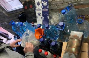 «Элитный» алкоголь из гаража. Под Харьковом обнаружили подпольный цех (ФОТО)