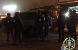 Скандал на «Гоптовке»: Житель Харьковщины нелегально переправлял в Россию нелегалов