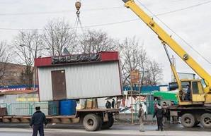 В Харькове обещают снести более тысячи киосков