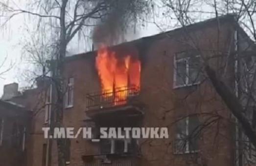 Пожар в центре Харькова: мужчина выпрыгнул из горящего дома (ФОТО, ВИДЕО)