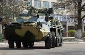 С опозданием, но строят. Харьковский завод передал армии партию БТР