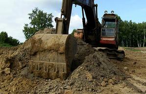 В карьере на Харьковщине незаконно добывали глину