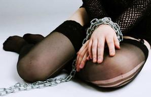 Везла девушек для работы в Турции: в Харькове поймали вербовщицу