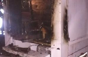 В центре Харькова вспыхнул и чуть не взорвался кофейный фургон