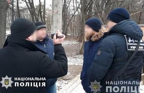 Ударили по голове и ограбили. В Харькове напали на полицейского