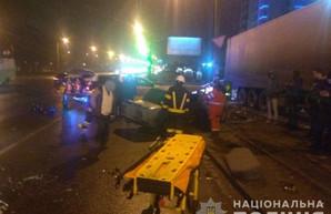 Авария на Полтавском шляхе: разбился водитель (ФОТО)