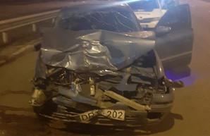 Студент-иностранец, разбивший машину депутата мэрии, улетел из Украины