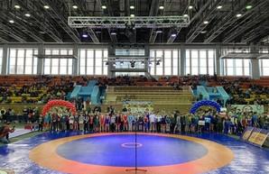 В Харькове стартовал IX Всеукраинский турнир по вольной борьбе среди юношей и девушек «Колизей-2020»