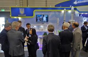 Выйти на новый уровень: Кучер предложил новый формат участия украинских производителей в международной аэрокосмической выставке