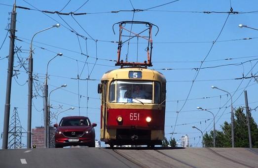 Суд снова рассмотрит дело о законности повышения тарифов на проезд в Харькове