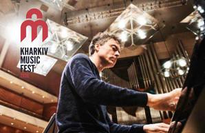 В Харькове выступит лучший английский пианист последних десятилетий