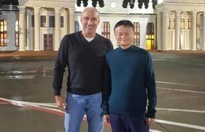 Джек Ма и Ярославский привезут в Украину больше миллиона экспресс-тестов на COVID-19
