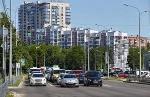 На дорогах Харькова установлено более 300 современных видеокамер