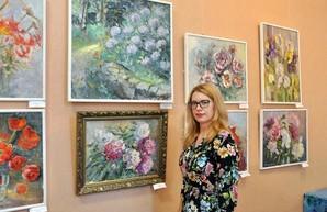 В галерее «Искусство Слобожанщины» пройдет встреча с автором выставки «Вальс цветов»