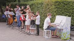 KharkivMusicFest поздравил харьковчан с Днем дружбы импровизированным мини-концертом (ФОТО)