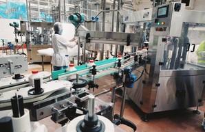 Кучер обсудил с коллективом Харьковского молочного комбината проблемные вопросы молочной отрасли