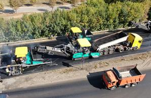 На выезде из Харькова продолжается ремонт дороги (ФОТО, ВИДЕО)