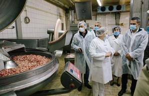 Уровень харьковских промышленников высок, но мы можем достичь большего – Кучер посетил ХМК