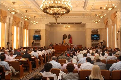 Дата не рабочая: облизбирком отложил первую сессию Харьковского облсовета
