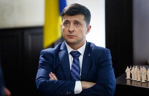 Зеленский восстановил уголовную ответственность чиновников за вранье в декларациях