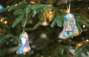 Украинцы на Новый год останутся дома, а лучшим подарком считают здоровье
