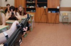 В СНБО хотят раздать украинцам 80 тыс. единиц стрелкового оружия
