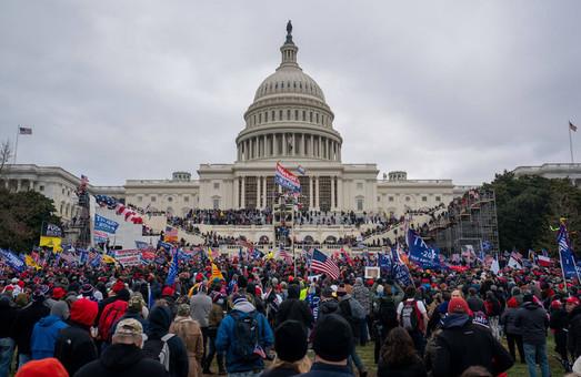 Зеленский и Порошенко прокомментировали события в США